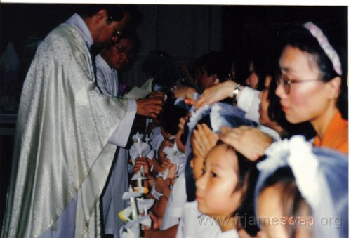 1990 May 26 Student of Scared Heart School got baptized in HK Cathdral