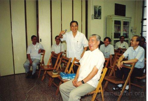 1991 Oct 2 Holy Spirit Seminar - Celebration - 56